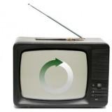 """Il vecchio televisore """"rifiutato"""" diventa piastrella: la seconda vita del tubo catodico"""